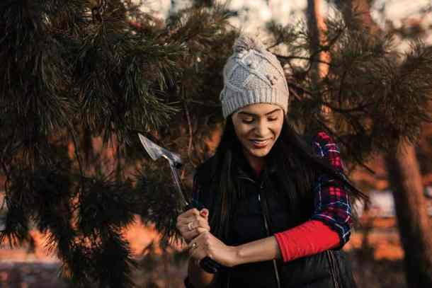 Holiday Gift Card Bonus for Blade and Timber axe throwing Wichita