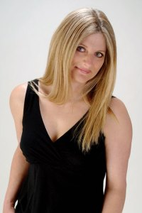 Author Pic - Laura Lee Guhrke