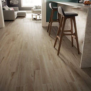 wood tile floor kitchen lighting fixtures for tiles wickes co uk selwood light oak effect porcelain 900 x 150mm