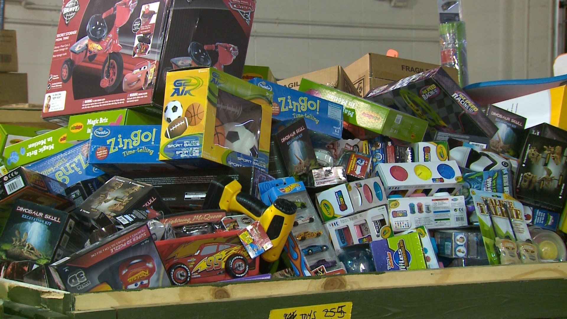 Toys For Tots Erie News Now Wicu And Wsee In Erie Pa