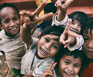 Children benefiting from aid
