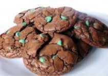 Resep Chocolate Mint Cookies Renyah dan Manis