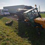 Zamarte: Zderzenie Tira z ciągnikiem rolniczym
