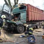 Zderzenie samochodu osobowego z ciężarówka