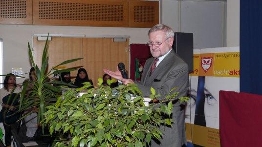 Ehrengast Dr. Karl Blüml