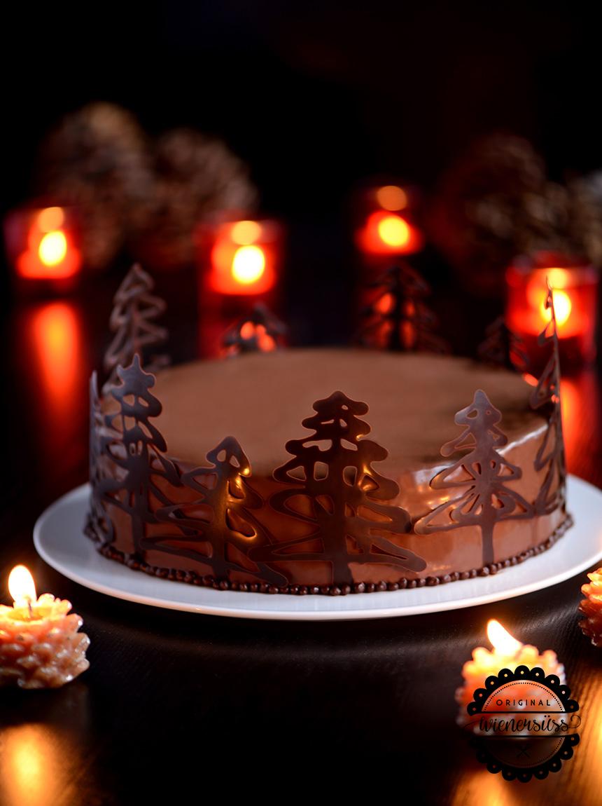 Weihnachtliche SchokoladenmousseTorte mit Maracujacreme