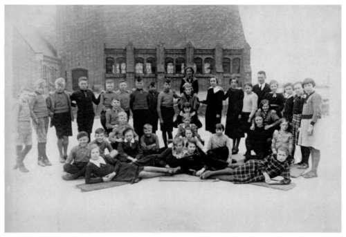 1933, Wieringermeerschool Middenmeer.