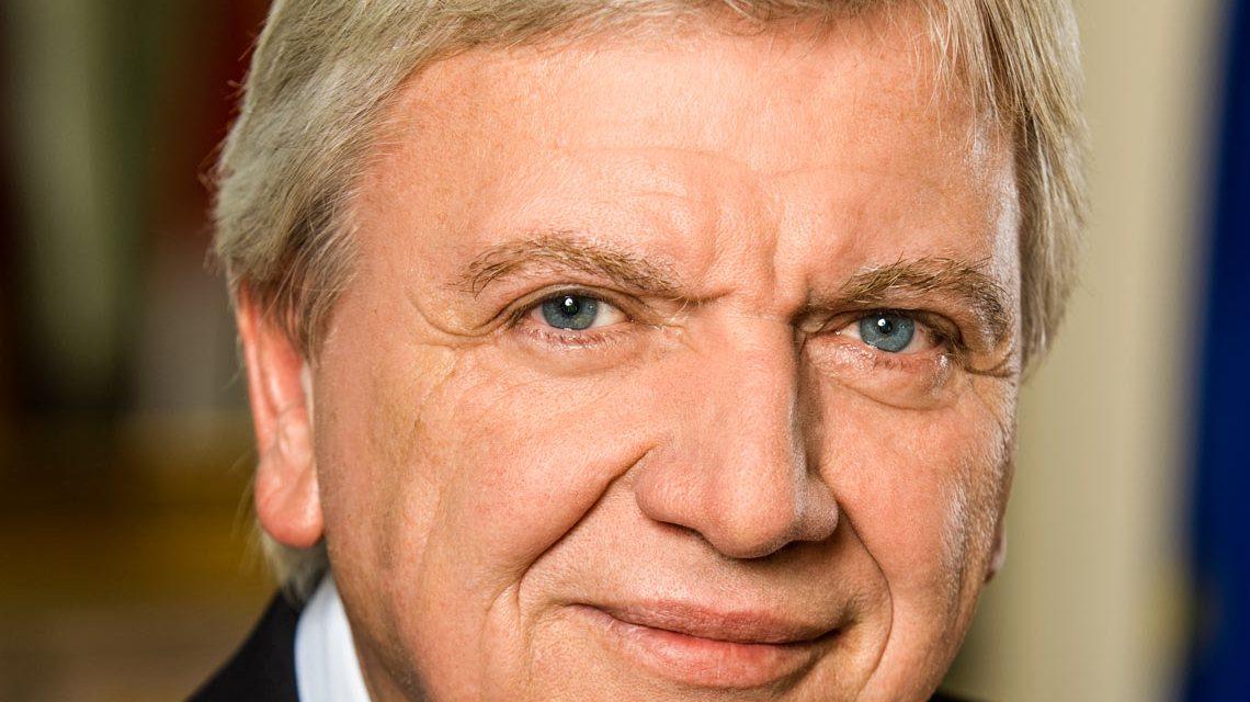 Ministerpräsident Volker Bouffier, Respekt Foto: Staatskanzlei