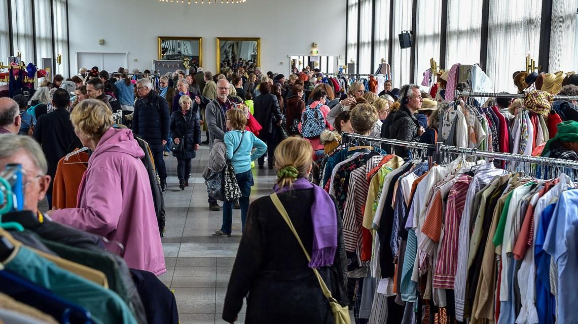 Hunderte Besucher beim Frühlingsbasar