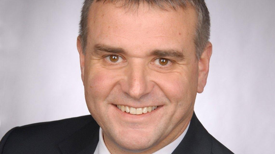 Jörg Höhler, Vorstandsmitglied der ESWE Versorgung ist weitere zwei Jahre im Amt. Bild: ESWE