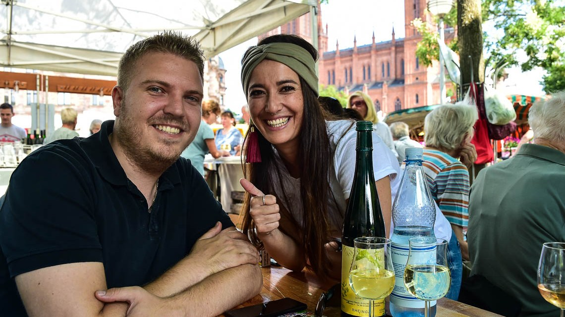 Wiesbadener lieben ihr Marktfrühstück
