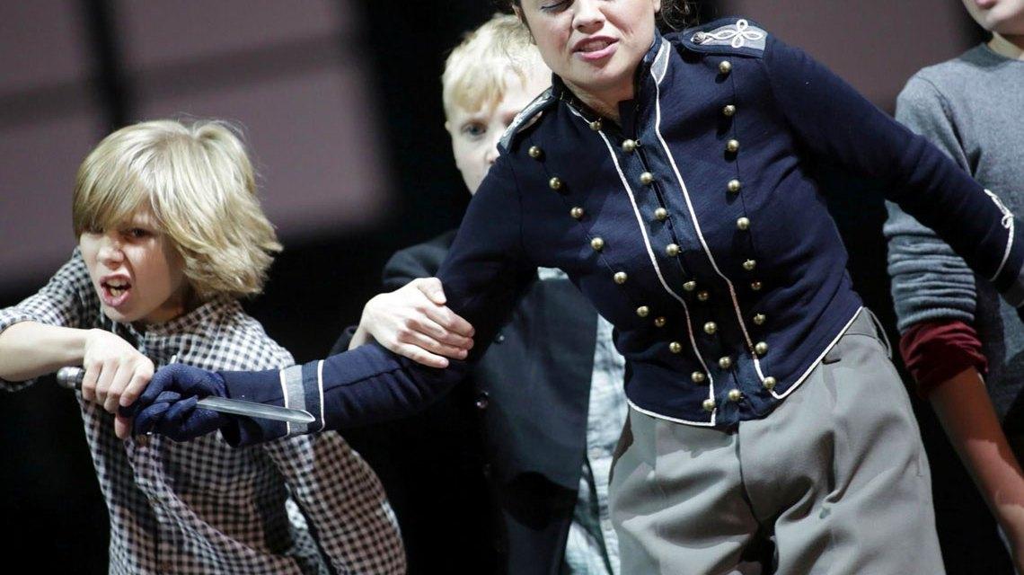 "Katharina Konradi, Solisten des Knabenchores der Chorakademie Dortmund in Mozarts ""Zauberflöte"" Foto: Paul Leclaire"