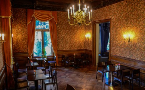 Kaffee-Salon im Literaturhaus. Bild: Volker Watschounek