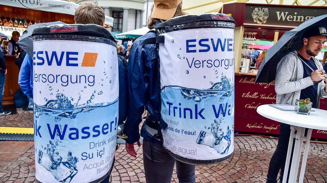 Verregneter Auftakt – Start der 42. Rheingauer Weinwoche