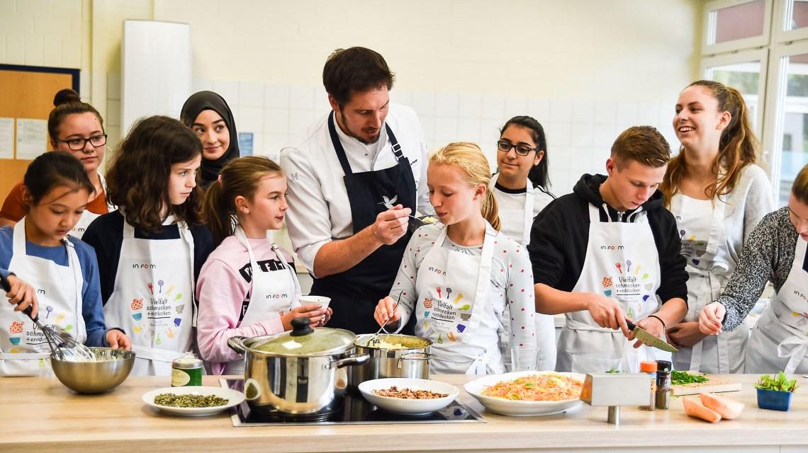 Mensaessen schmeckt, vor allem wenn Schüler kochen