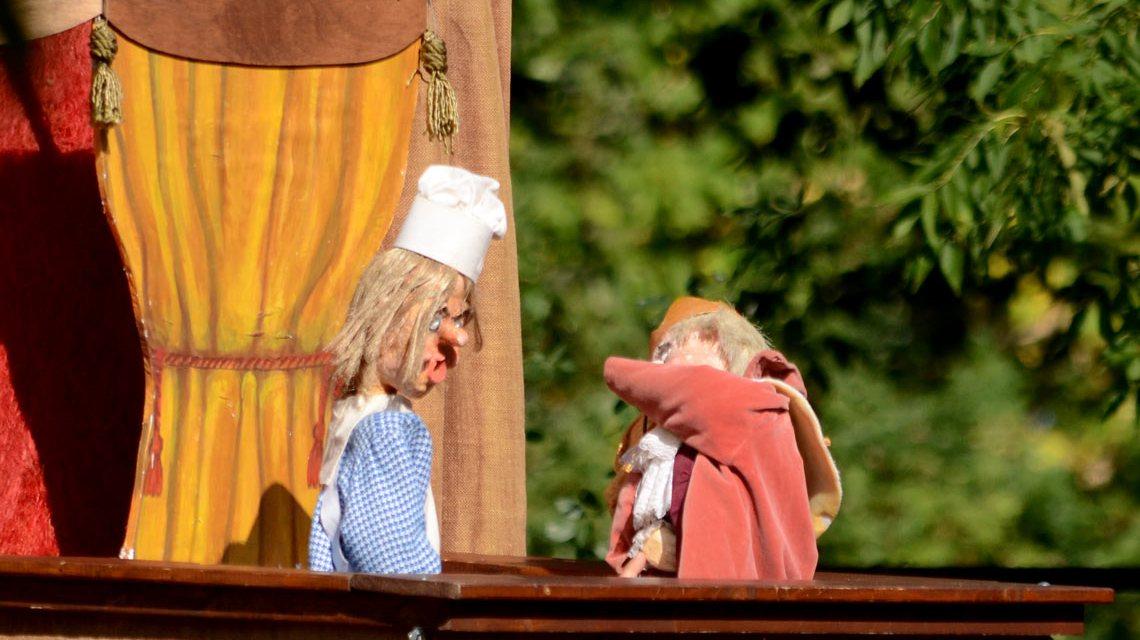 Handpuppen, Marionetten ... Puppenspiel ist vielseitig. Symbolbild: TCM1003 / Flickr