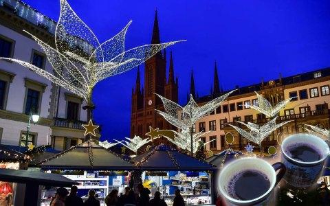 Glühweintest auf dem Wiesbadener Sternschnuppenmarkt. @2017 Volker Watschounek