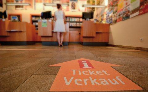 Veranstaltungen in Wiesbaden. Hier wird Ihnen geholfen. ©2017 Wiesbaden Marketing GmbH