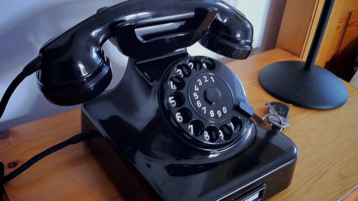 Trickdiebe am Telefon. ©2018 ND Strupler / Flickr / CC BY 2.0