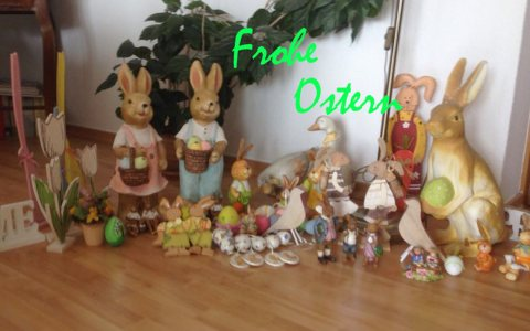 """Die Großfamilie der Osterhasen von Wiesbaden lebt! wünscht """"Froh Ostern"""""""