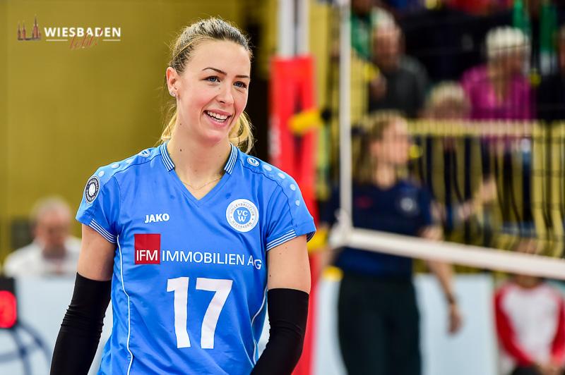 Tanja Sredic ist eine von fünf Spielerinnen, die den VC Wiesbaden zum Ende der Saison verlassen.. ©2018 Volker Watschounek