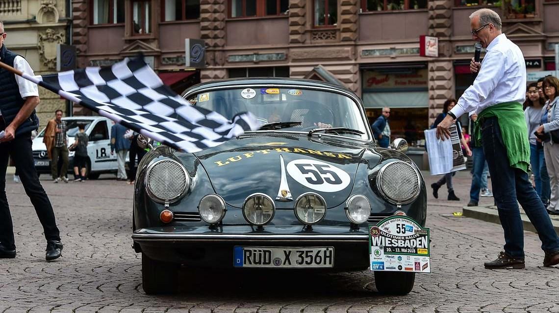 Oldtimer Rallye: Liebhaberstücke auf vier Rädern, sie rollen wieder