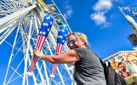 Deutsch-Amerikanische Freundschaftsfest. Der offizielle Fassanstich fand gegen 17 Uhr statt, angepasst an den engen Terminkalender des OB. Danach gab es einen Presserundgang. ©2018 Volker Warschounek