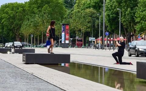 Wasserspiegel vor dem Landesmuseum in Wiesbaden. ©2018 Volker Watschounek