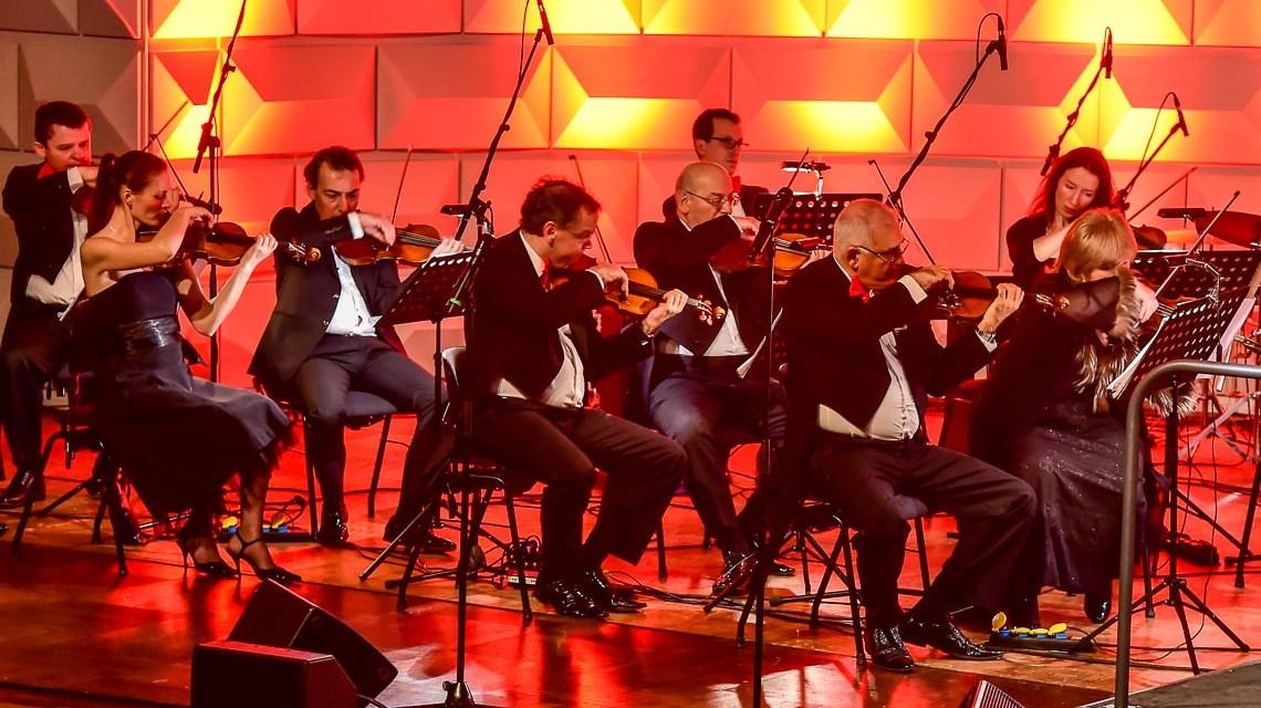 Konzert im im Kurhaus Wiesbaden. ©2016 Volker Watschounek