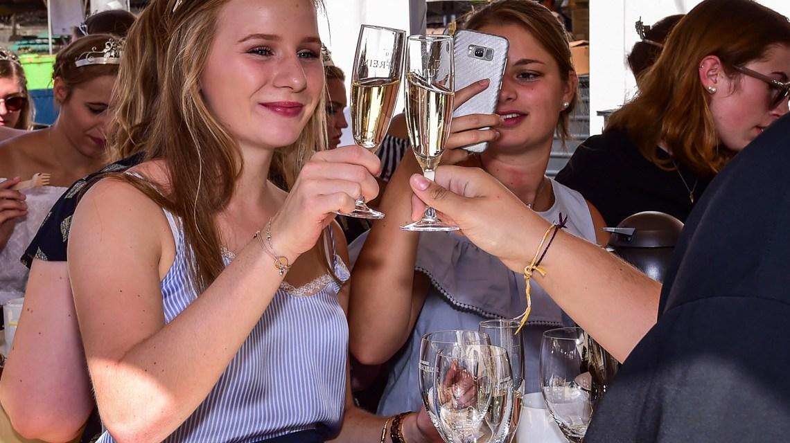 Rheingauer Weinmajestäten: Frühstück unter Königinnen und Prinzessinnen