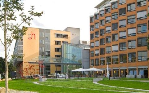 St. Josefs-Hospital Wiesbaden GmbH in Wiesbaden Bierstadt. ©2018 Joho