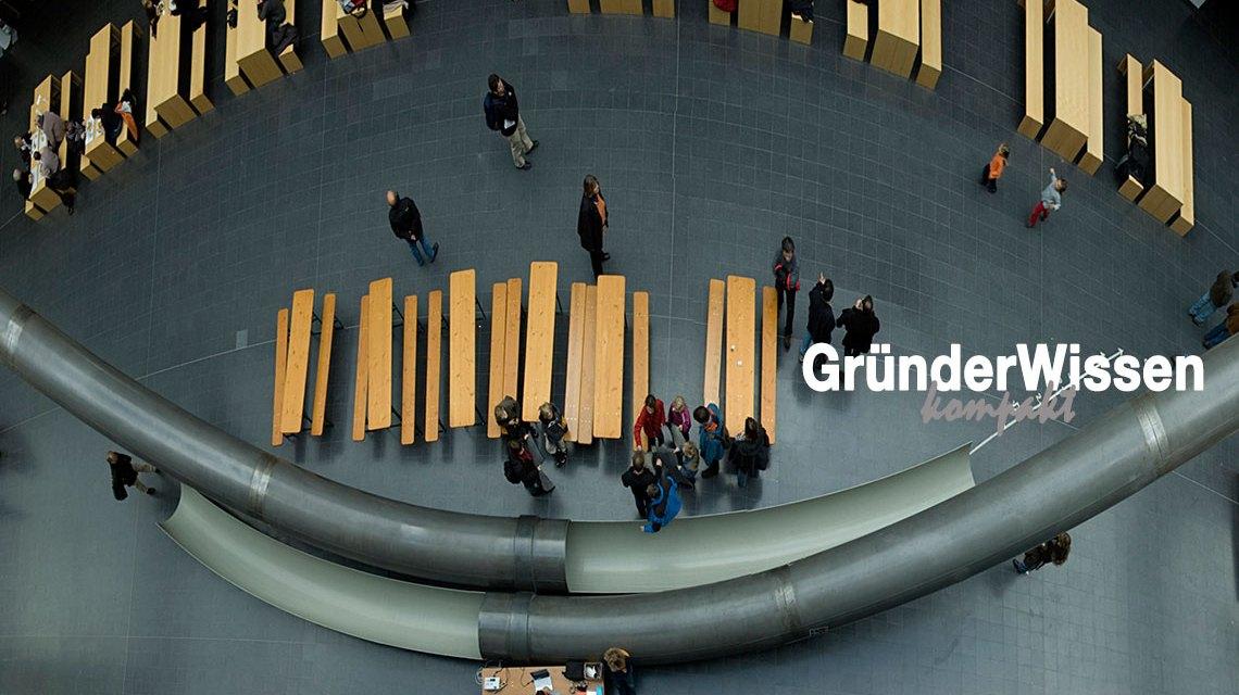 Gründerwissen, Symbolbild: Forschungs-Campus Garching - Fakultät für Mathematik und Informatik - Panorama ©2018 digital Cat / Flickr / CC-BY-2.0