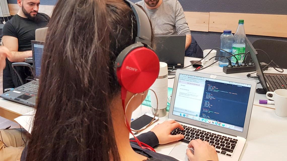 Joblinge beim Coden ©2019 Joblinge