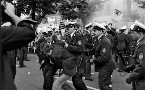 68er Studentenrevolte 1967/68, West-Berlin; veröffentlicht vom Haus der Geschichte der Bundesrepublik Deutschland, Ludwig Binder, CC BY-SA 2.0