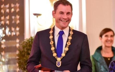 OB Sven Gerich bei der Verleihung der Bürgermedaillen. ©2019 Volker Watschounek