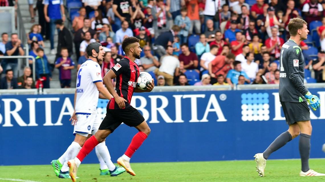 SV Wehen Wiesbaden verliert gegen den KSC mit 1:2