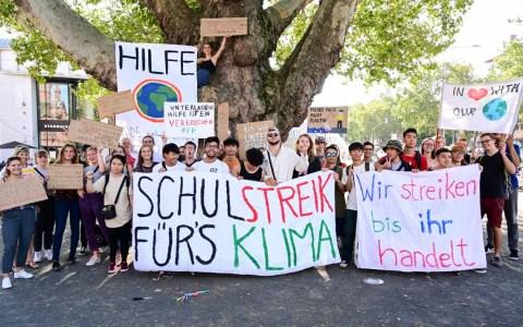 Friday for Future Wiesbaden - Gemeinsam mit Fridays for Future Frankfurt am Main