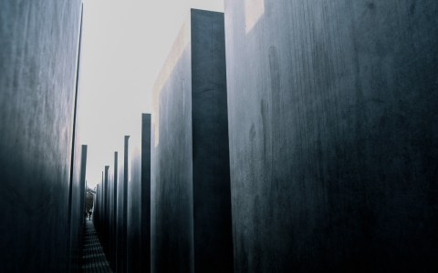 Fachtag zur Antisemitismusprävention - Memorial to the Murdered Jews of Europe 6 | Denkmal für die ermordeten Juden Europas 6 | Flickr | Juan de Dios Santander