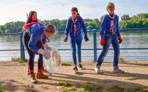 Rhine Clean Up am Biebricher Rheinufer. ©2019 Volker Watschounek