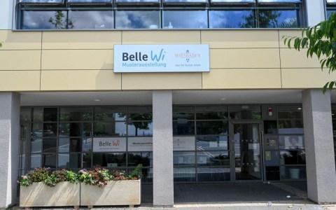 Musterausstellung Belle Wi, Mitten im Leben