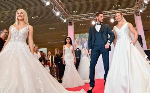 Hochzeitsmesse: Wenn die Braut High Heils trägt, macht es der Bräutigam ebenso. ©2019 Volker Watschounek