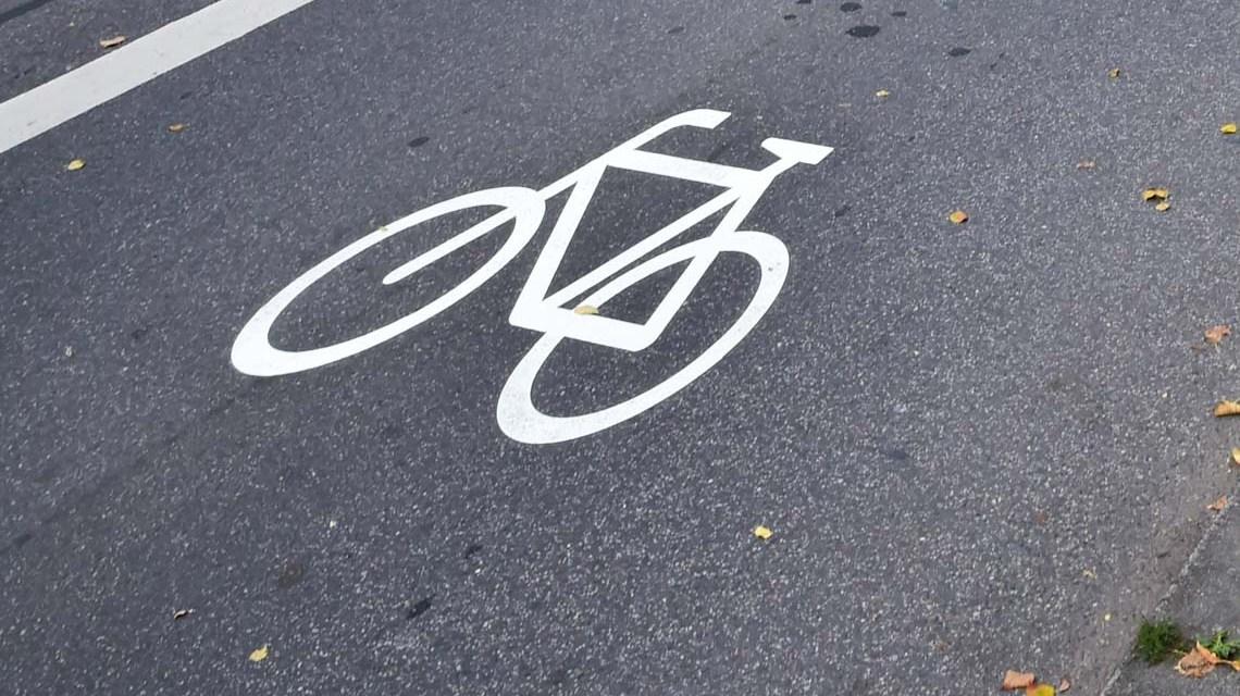 Spatenstich für sichere Radverbindung auf der Saarstraße