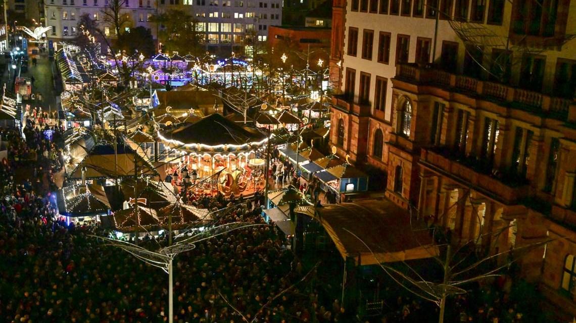 Weihnachtsmarkte, Sternschnuppenmarkt und Impressionen von den Ständen.