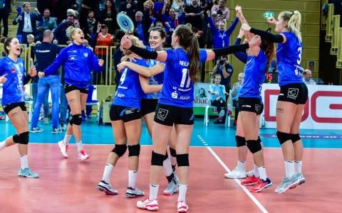 Volleyball Bundesliga | 2019.2020 | 6. Spieltag | VC Wiesbaden - Schwarz-Weiß Erfurt | Ergebnis 3:2