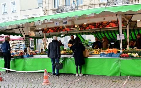 Wiesbadener Wochenmarkt