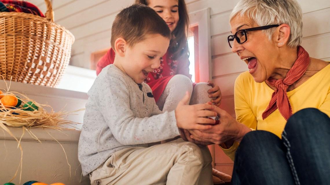 Schöne Ostergeschenke ©2020 dvd/Kinder Getty
