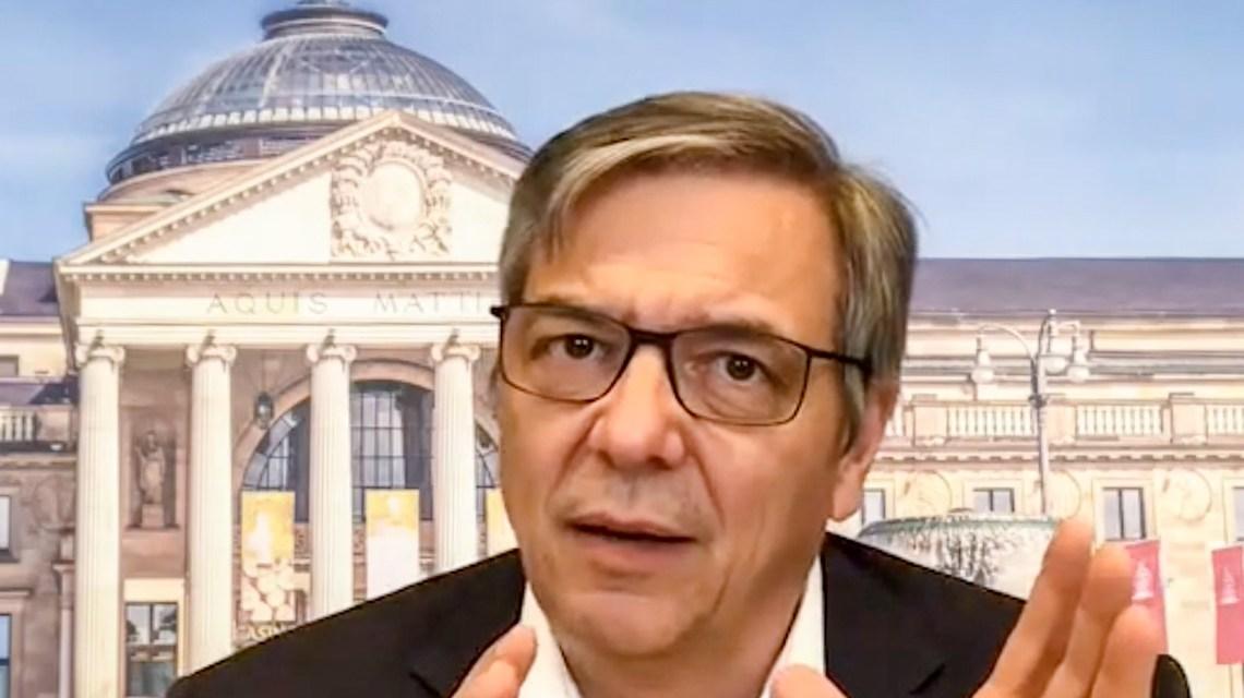 Oberbürgermeister Gert-Uwe Mende in der Online-Sprechstunde