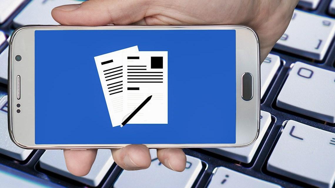 Online Antrag stellen ©2020 Bild von Gerd Altmann auf Pixabay