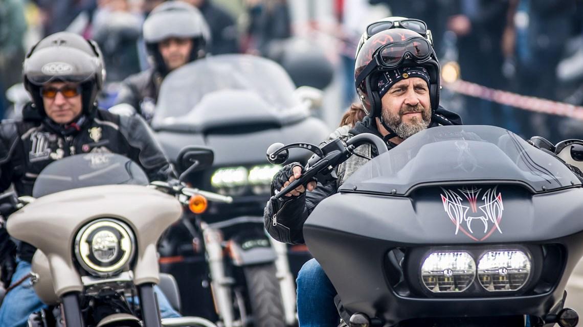 Motorrad-Demo in Wiesbaden
