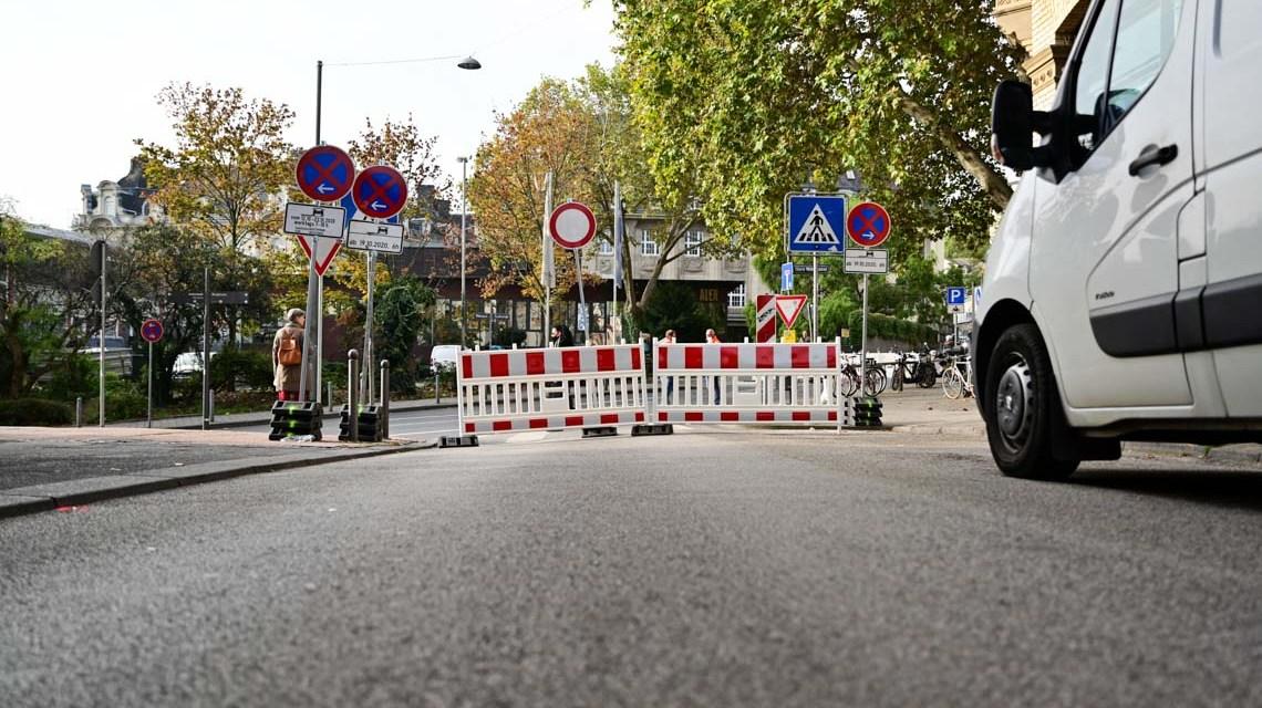 Kanalarbeiten Coulinstraße / Saalgasse Foto: Volker Watschounek